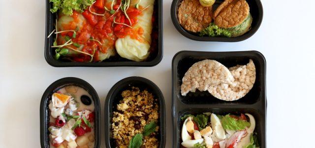 Czym jest dieta pudełkowa i czy warto z niej korzystać?