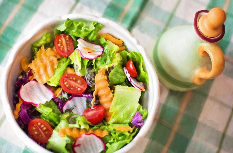 Dieta południowa w cateringu dietetycznym